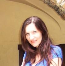 Mariola Kijak-Tempska – psychoterapeutka (certyfikat PTPPd), psycholog, seksuolog.